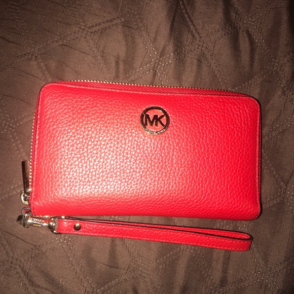 michael kors wallet red
